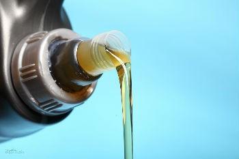 Скачки цен на бензин в России