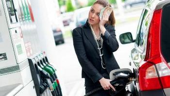Бензин будет уверенно дорожать еще три месяца