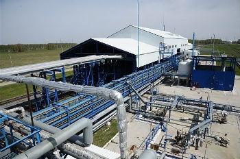 На Омском НПЗ продолжается строительство современной установки налива нефтепродуктов