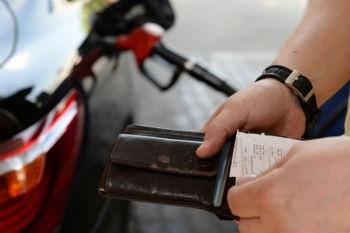 Крым стал единственным регионом, где подешевел бензин