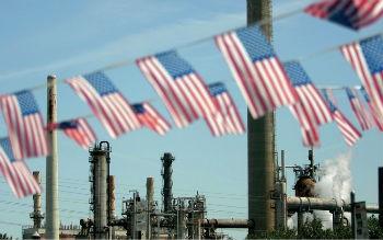 В США сокращается добыча, а нефть растет